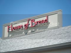 House of Bread in the University Plaza Shopping Center